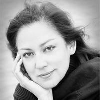 Lillian Casares
